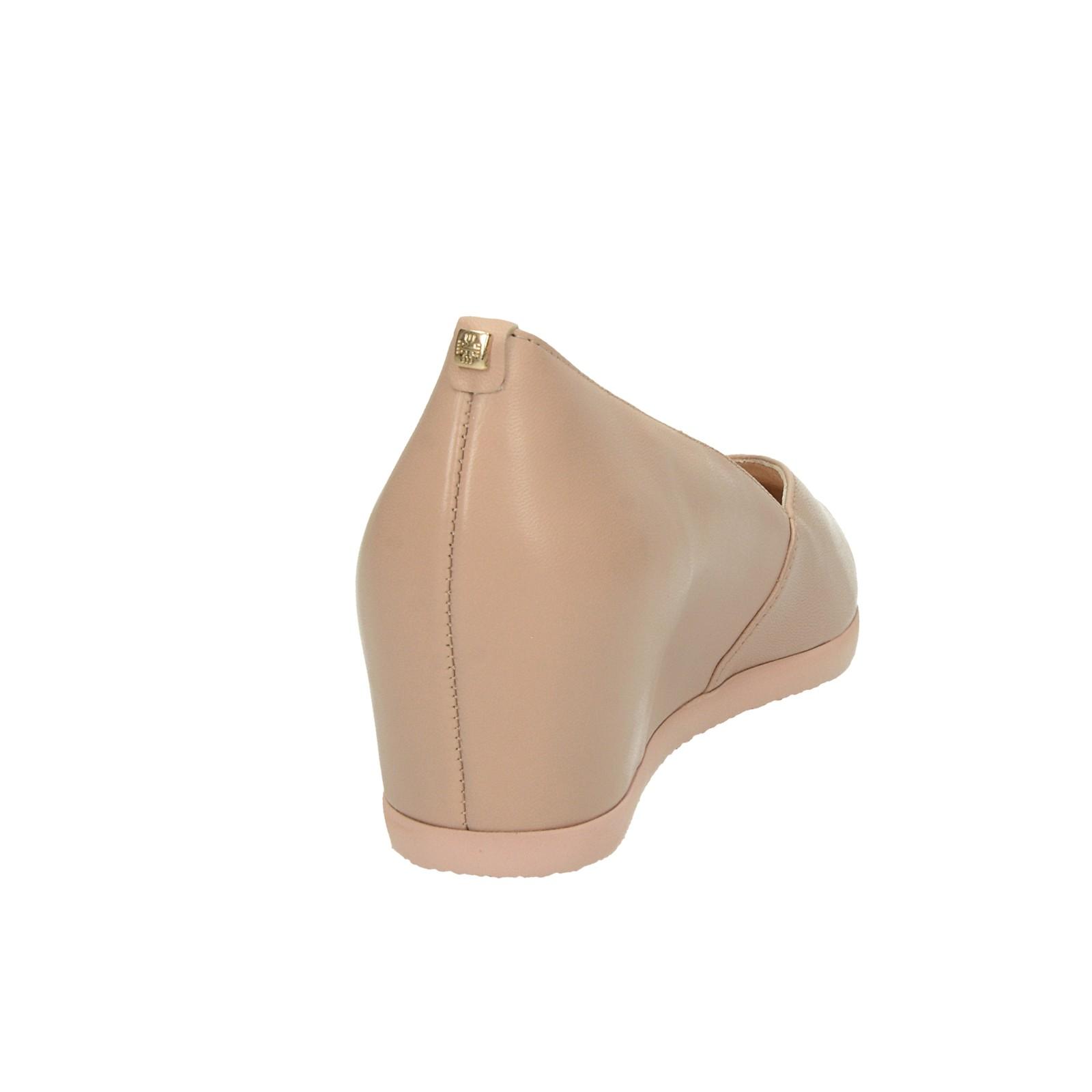 56f10982493a ... Högl dámské kožené balerínky na klinové podrážce - béžové ...