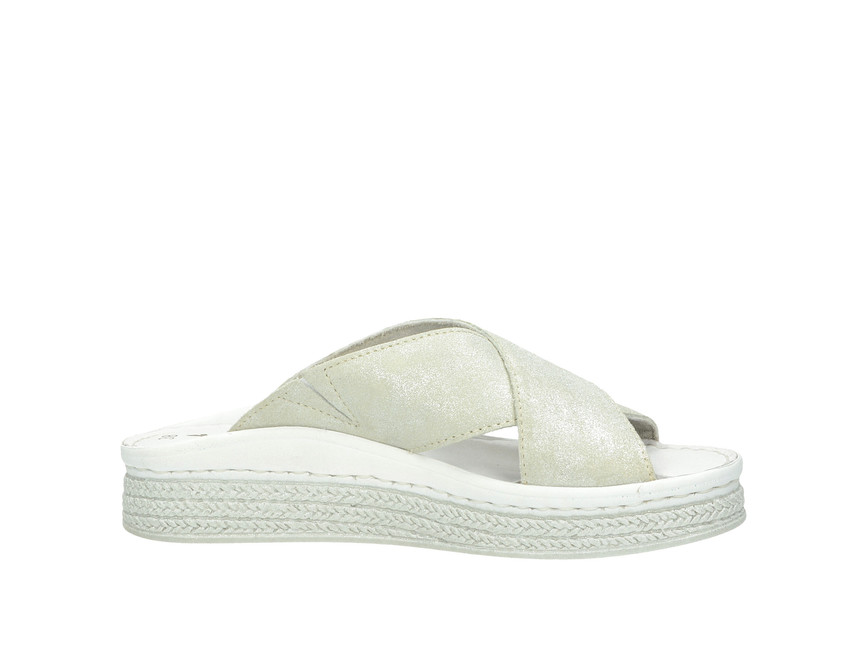 251223fccd ... Tamaris dámské pantofle nazouváky - stříbrné ...