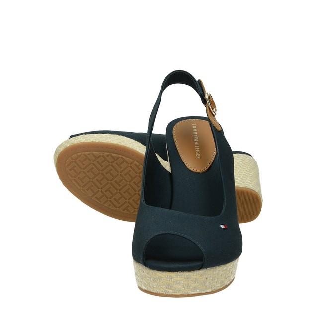 a6e194257e1 ... Tommy Hilfiger dámské stylové sandály na klinové podrážce - modré ...