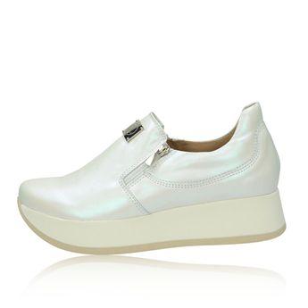 Olivia shoes dámské stylové tenisky na klinové podrážce - bílé 24707d7a97