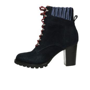 6552e3a0567 Tommy Hilfiger dámské semišové kotníkové boty na podpatku - tmavomodré